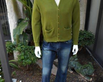 Vintae 1970's Arena Avocado Green Cardigan Sweater - Size Medium
