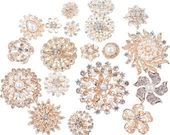 30pcs Gold Brooch Bouquet Supplies Mixed Pack, Wedding Broach Bouquet Brooches with Clear Stones and Pearls, 711-GP