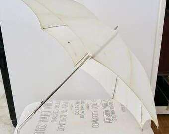 Vintage White Sun and Rain Umbrella