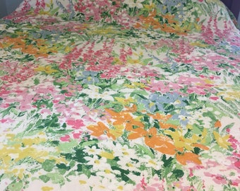 Vintage Quilted Spring Flowers Bedspread Full/Queen