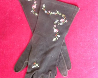 Ladies French Soft Suede Leather Black Gloves with Pink Embrodered Flowers.  Marked MADE IN FRANCE