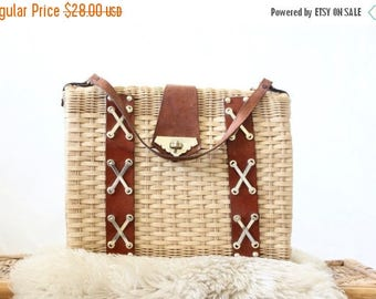 SALE damaged basket handbag / 1960's
