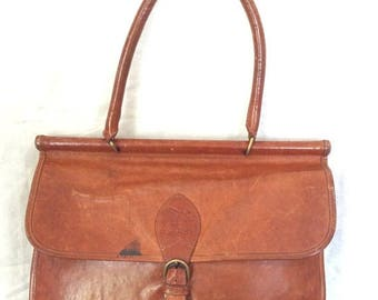 15% OFF3DAYSALE Distressed Large Vintage Genuine IL Bisonte Designed by W.A. Di Filippo Tan Leather Satchel Shoulder Bag Made in Italy