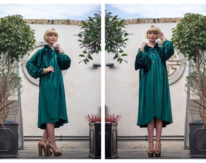 Vintage 70's Jean Varon Balloon Sleeve Soft Green Velvet Velour Lightweight Coat Dress