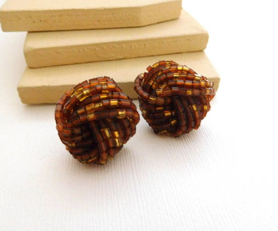 Vintage Chunky Amber Brown Glass Bead Cluster Knot Pierced Earrings A12
