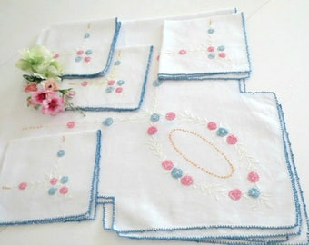 Small Embroidered Tablecloth W 4 Matching Napkins, Tea Time Or Luncheon  Tablecloth, Pink Yellow