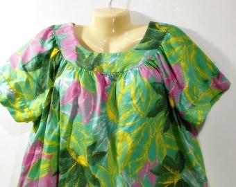 Vintage Hawaiian Mumu House Dress Sears Size  38 40 XL Womens Retro