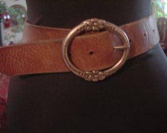 Vintage 1990s Boho Gypsy Chic Brown Leather Floral Detail Buckle Belt