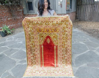 "Antique Anatolian Kayseri Handwoven 5'4"" x 3'10"" Floss Silk / Mercerized Rug Prayer Rug"