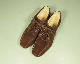 Brown Suede Bowling Shoes - Vintage Hyde Women Size 5.5