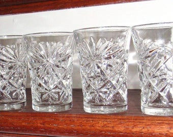 """4 EAPC ANCHOR HOCKING Fan Star Oatmeal Crystal Pressed Glass Glasses Flat 4 1/4"""" High Flared Tumblers Four Set Excellent Condition"""