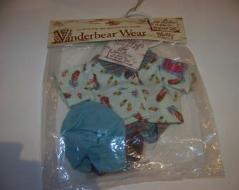 Muffy Take a Hike from Vanderbear collection