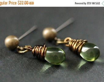 BACK to SCHOOL SALE Bronze Earrings - Peridot Green Teardrop Earrings. Dangle Earrings. Post Earrings. Handmade Jewelry.