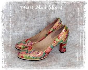 Vintage 1960s Mod Shoe, Chunk Heel Shoe, Metallic Shoe, Mod Heels. Size 6