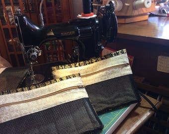 Singer Sewing Machine Black Zippered Fabric & Mesh Bag