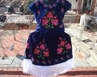 Blue Velvet Floral Tehuantepec Traje