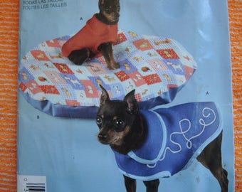 2000s sewing pattern Simplicity 3664 Dog coat three sizes and dog bed for XS-M dogs UNCUT