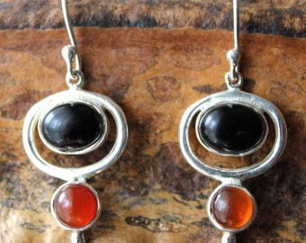 925 Silver earrings and black onyx and carnelian stones