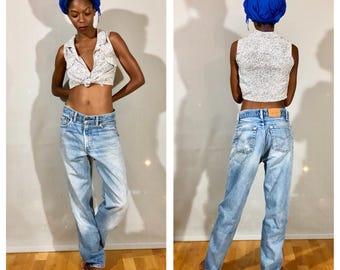 Vintage Levis Jeans / High Waisted Levis Light Blue Levis Mom Jeans Boyfriend Jeans Levis Size 31 Levis Size Small Medium