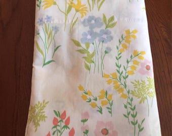 Vintage Twin Flat Sheet by Utia