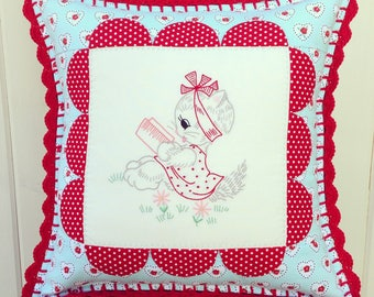 """sweet vintage kitty scallops pillow cover 14"""""""