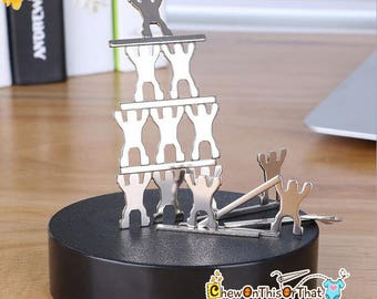 Magnetic Sculpture Desk Toy - Classic Desktop Toy, Stacking Screws, Figurine Men, Stress Relief, Decorative Desk Ornament, Home Office Decor