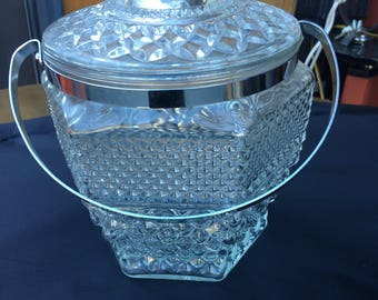 Vintage chrome and glass ice bucket...free shipping !!!