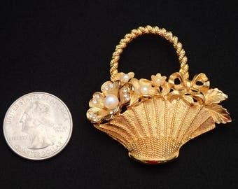 Vintage Gold tone Flower Basket Brooch T-25