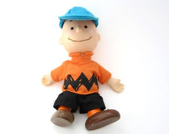 vintage Charlie Brown doll vintage 1950s United Features