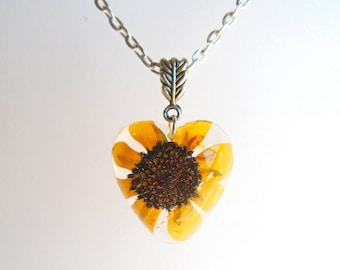 Black Eyed Susan Pressed Flower Wildflower Resin Heart Pendant Necklace