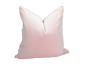 blush velvet pillow // blush velvet cushion // blush pillow cover // light pink velvet pillow