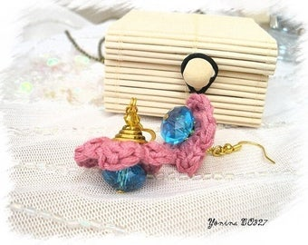 Knit pink and Blue Flower Earrings * t. BO327 *.
