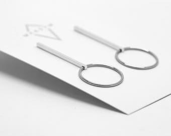 Loop + bar studs - Sterling silver