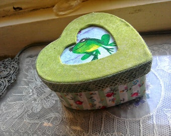 Wedding Gift, Engagement Gift, Gift box , Heart shaped , Kiss a frog , fabric covered , wedding ring box