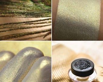 Eyeshadow: Сitrine Dust - Jewel Dust. Warm gold satin eyeshadow by SIGIL inspired.