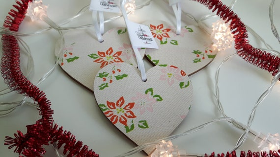 Christmas hanging heart.  Christmas decoration.  Christmas pointsettia decoration. 6.5cm