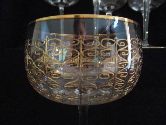 Set of 6 Champagne Coupes, Bohemia Crystal, Czech, Modern Gold Detailing