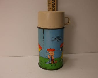 Lunchbox Vintage 1970 s  Peanuts Snoopy Thermos by Thermos. epsteam