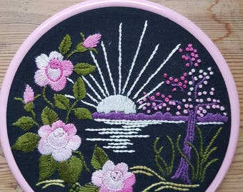 Lovely floral little embroidery hoop / embroidered round wall hanging in cotton from Sweden