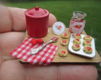 Dollhouse Miniature - Strawberry Jam Tart - In the Making  Board