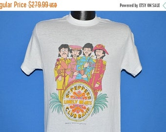 XMAS in JULY SALE 80s The Beatles Sgt. Pepper's Lonely Hearts t-shirt Medium