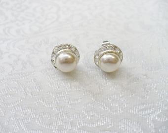 Vintage Ivory Pearl and Rhinestone Stud Earrings - silver tone metal -vintage rhinestone - Ivory faux pearl - TINY PETITE studs- Bridal gift