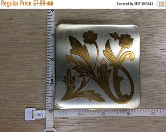 10% OFF 3 day sale Vintage Floral Design Square Makeup Compact Used