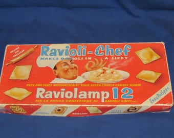 RAVIOLI CHEF RAVIOLAMP Vintage Ravioli Maker 50s