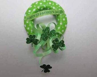 St Patrick's Day Wreath - dollhouse miniature 1:12 scale