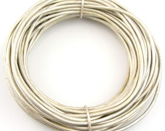Pearl Metallic Round Leather Cord 2mm 100 meters (109 yards)