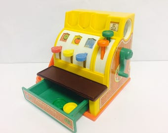 Vintage Fisher Price, Cash Register, Pretend Play, 1970s Toys, Plastic Coins, FP #926, Cute Toys, Preschool Toys, Learning Educational Toy
