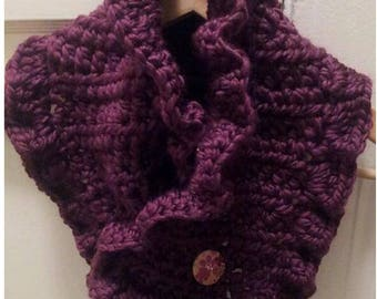 Crochet Pattern Ruffled Neckwarmer, Chunky Scarf, Winter Cowl, Winter Neckwarmer
