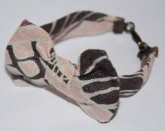 Bracelet knot 72 pink/beige/Brown geometric pattern
