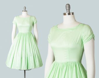 Vintage 1950s Dress | 50s Mint Green Cotton Fit and Flare Full Skirt Day Dress (small)